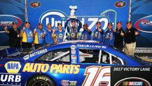 Todd Gilliland dominates NASCAR K&N East at New Hampshire