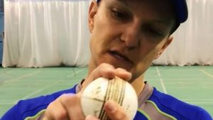 The perfect slower ball – five tips from Australia's Sarah Aley