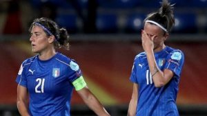 Women's Euro 2017: Holders German beat Italy as Sweden overcome Russia