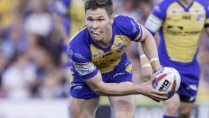 Hull unchanged for semi-final; Hall & Watkins back for Leeds