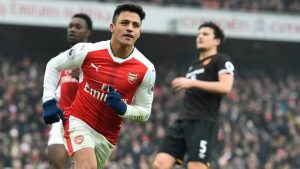 Transfer news, rumors: PSG after both Neymar and Alexis Sanchez, Chicharito to West Ham?