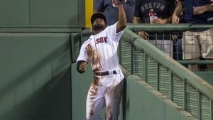 Yankees vs. Red Sox highlights: Jackie Bradley Jr. robs Aaron Judge of home run