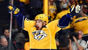 Arvidsson stays with Predators on 7-year deal