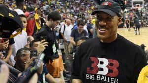 LaVar Ball: No second thoughts on ref remarks