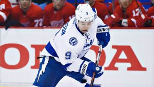 Lightning keep Johnson with 7-year, $35M deal