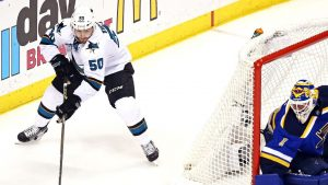 Sharks re-sign F Chris Tierney to 1-year deal