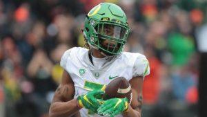 Oregon dismisses WR Darren Carrington from team after arrest