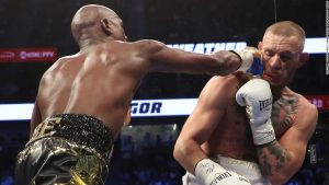 Mayweather vs. McGregor: How the world reacted