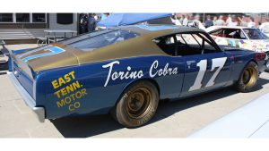Throttle-Back Thursday: While we walked on the moon, David Pearson tore up Bristol
