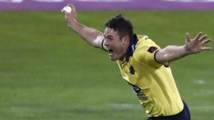 T20 Blast: Birmingham beat Northants in thrilling finale while Kent beat Hampshire