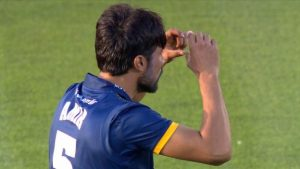 T20 Blast: Mohammad Amir on the receiving end of catching karma