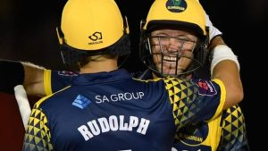 T20 Blast: Glamorgan comprehensively beat Leicestershire in quarter-final
