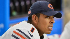 Roberto Aguayo's first kick with Bears a disastrous, knuckleball missed FG