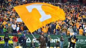Knee injury sidelines Tennessee starting OT Chance Hall for the year