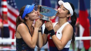 Martina Hingis: 'I taught Federer how to win'