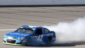 Kyle Larson has stunning end to his NASCAR Cup Playoff run at Kansas