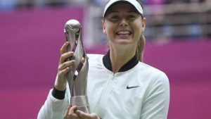 Maria Sharapova beats Aryna Sabalenka to win Tianjin Open title