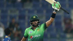 Inzamam's nephew Imam-ul-Haq hits century on Pakistan debut