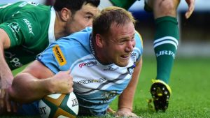 Mike Mayhew: Harlequins sign Yorkshire Carnegie hooker on loan