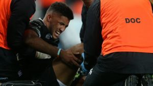 Keelan Giles: Ospreys wing faces knee surgery