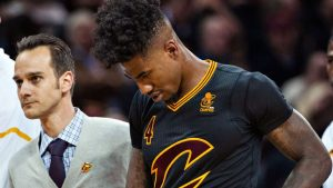 Sources: Shumpert (knee) may miss 6-8 weeks