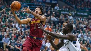 Sources: Ankle injury to keep Cavs' Rose out