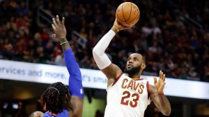 LeBron: Focused on Cavs' streak, not Celtics