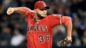 A's reach 2-year, $10M deal with reliever Petit