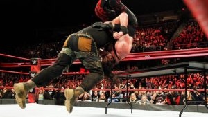 WWE Raw results, recap: Braun Strowman, Kane battle appears never-ending