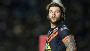 Alex Foster: Castleford Tigers second-rower signs contract extension