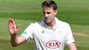Surrey hammer Somerset to go top of Division One