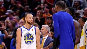 NBA Finals 2018: Stephen Curry, Kevin Durant sparkle in Game 4; Cavs crumble en route to sweep