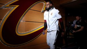 2018 NBA free agency rumors, trades, updates: LeBron James possibly setting up meetings in Los Angeles