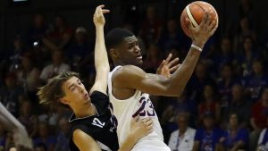 Sources: Cavs add ex-5-star KU recruit Preston
