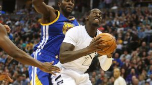 Ex-NBA player Hickson charged with robbery