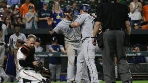 MLB Wednesday scores, highlights, live team updates, news: Mariners stun Orioles with ninth-inning comeback