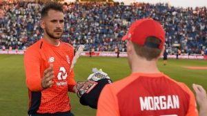 England v India: Alex Hales helps England beat India in thrilling finish