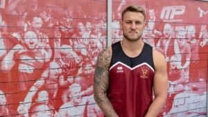 Chris Hankinson: Wigan Warriors sign centre from Swinton Lions
