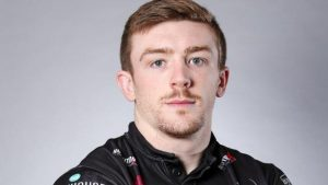 Ed Chamberlain: Salford Red Devils sign Widnes Vikings back on a two-year deal