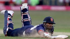 T20 Blast: Essex tie with Hampshire after nail-biting finish