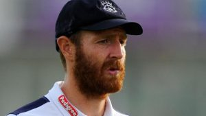 Andy Carter: Worcestershire sign former Northants, Derbyshire and Nottinghamshire bowler