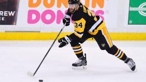 Islanders, Kuhnhackl agree to 1-year deal