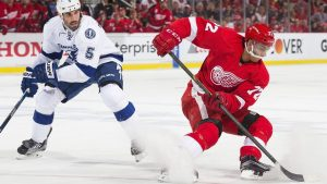 Red Wings re-sign Athanasiou to 2-year contract